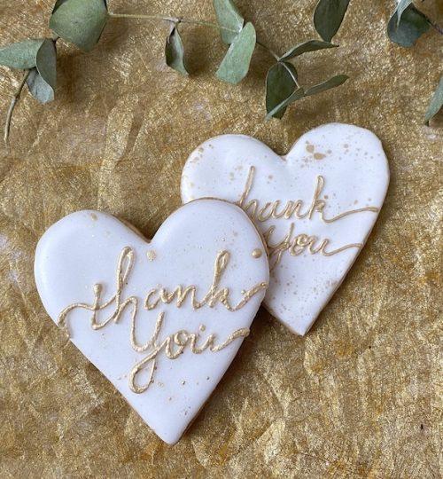 icingcookie-calligraphy-thankyou-heart